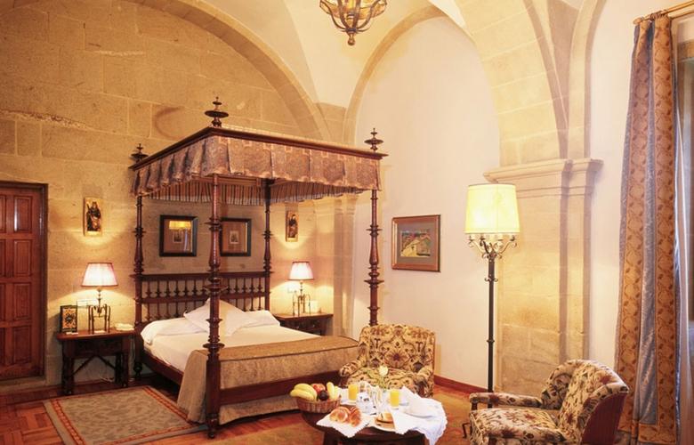 Parador de Santiago de Compostela - Hostal dos Reis Católicos - Room - 9