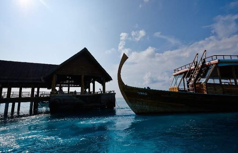 Palm Beach Resort & Spa Maldives - Sport - 46