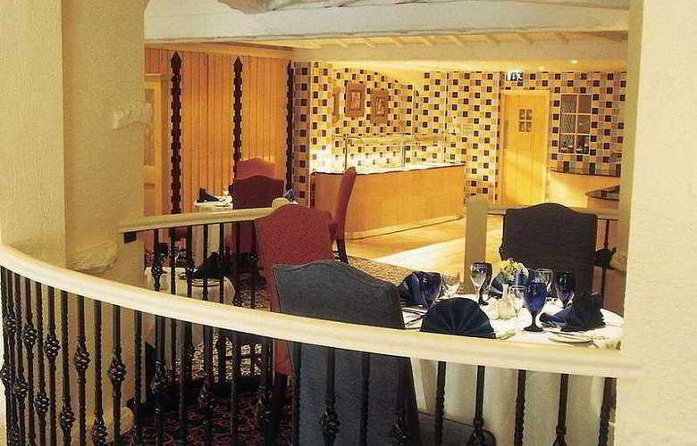 Menzies Baron's Court - Restaurant - 6