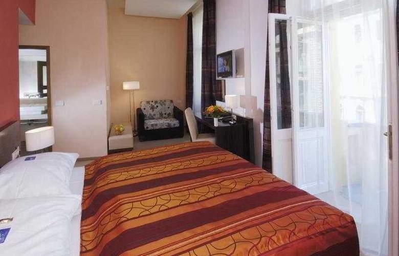Ea Mánes - Room - 5