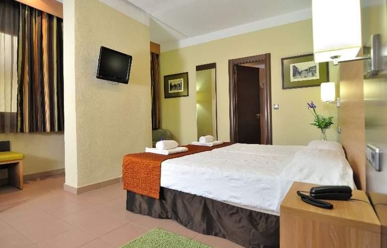 Ballesta - Room - 2
