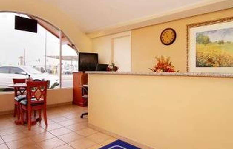 Rodeway Inn & Suites - General - 1