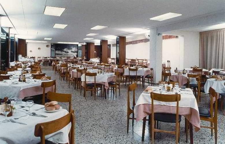 Villa Garbi - Restaurant - 4