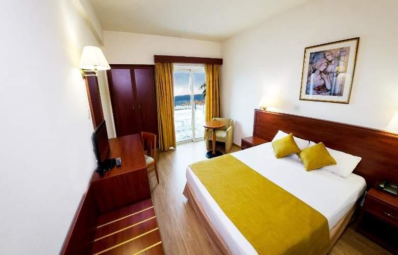 Kapetanios Limassol - Room - 0