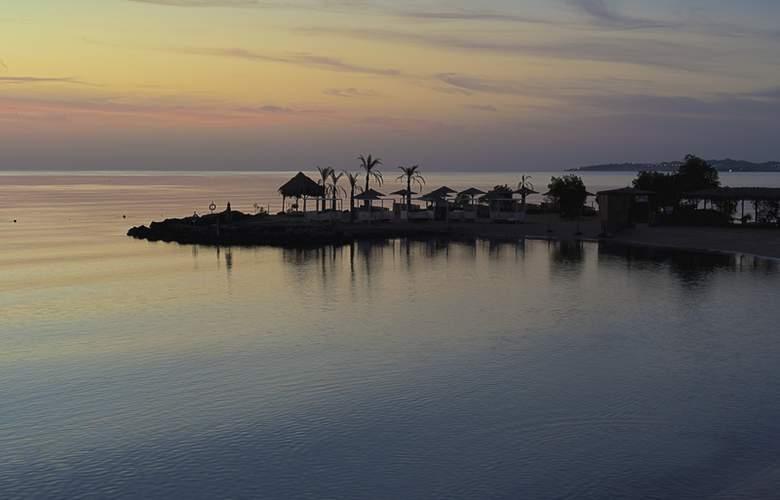 Mercure Hurghada - Beach - 21