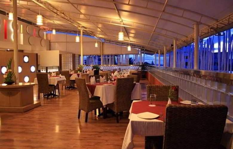 37 The Crescent - Restaurant - 7