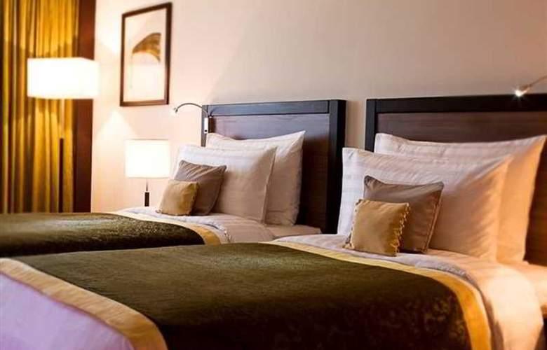 Avani Deira Dubai - Room - 4