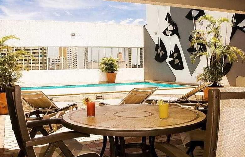 Augustus Plaza Inn - Pool - 4