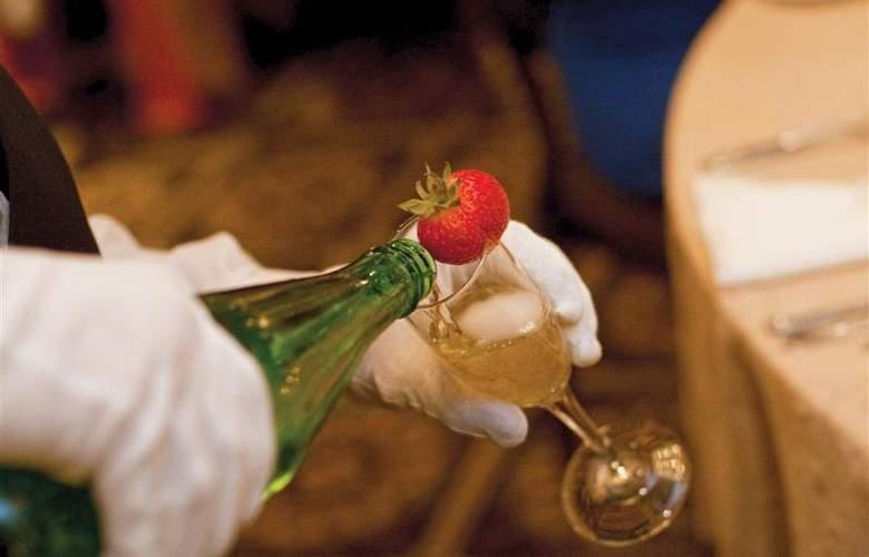 Best Western Premier Eden Resort Inn - Restaurant - 160