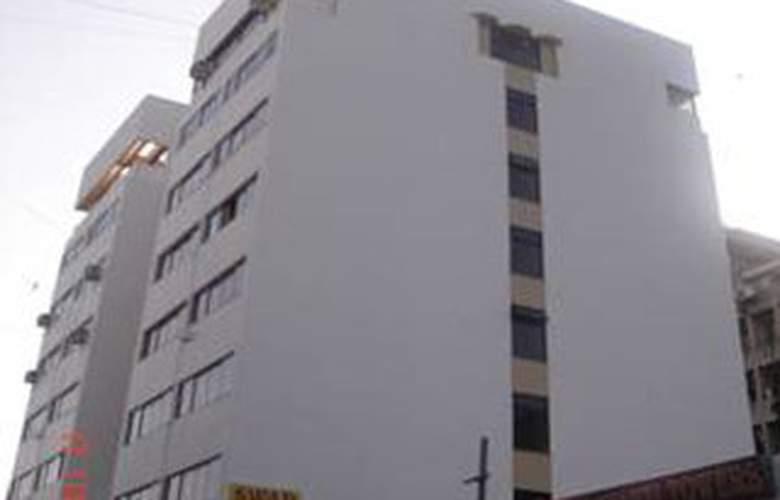 Savshanti Towers - Hotel - 0