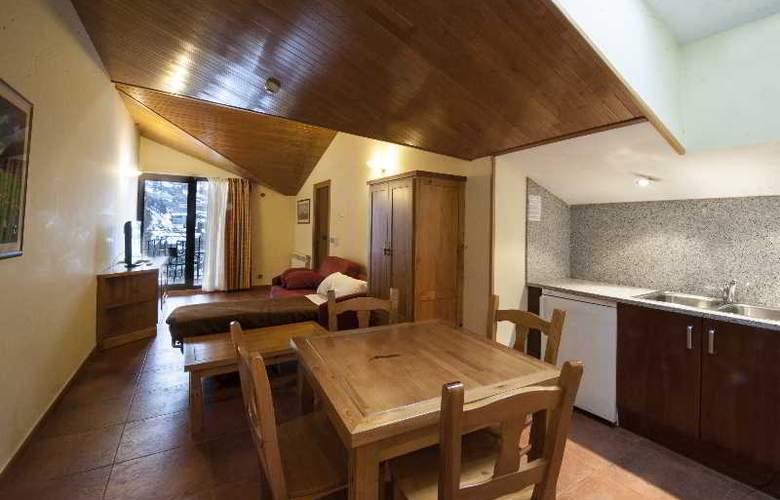 Apartamentos Sant Moritz - Hotel - 16