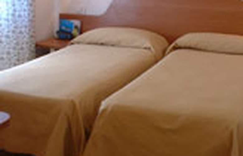 PRIMUS ROMA - Hotel - 0