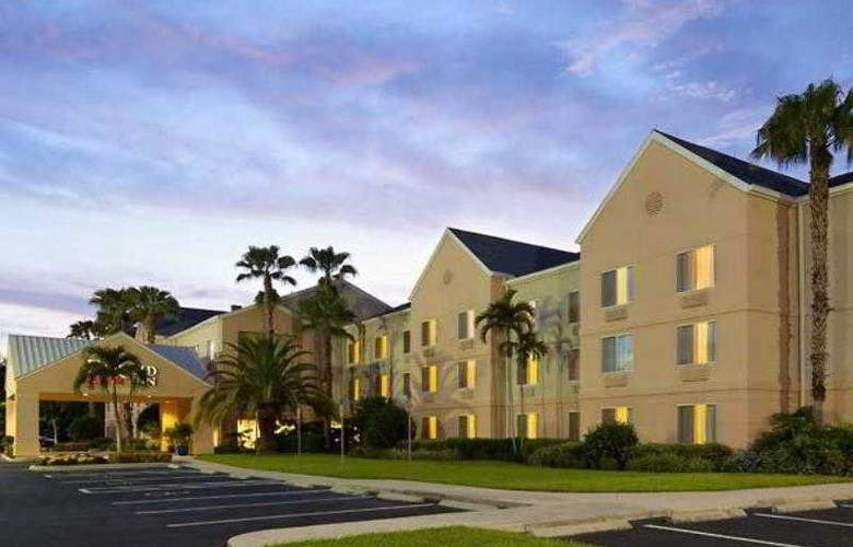 Fairfield Inn Fort Myers - Hotel - 2
