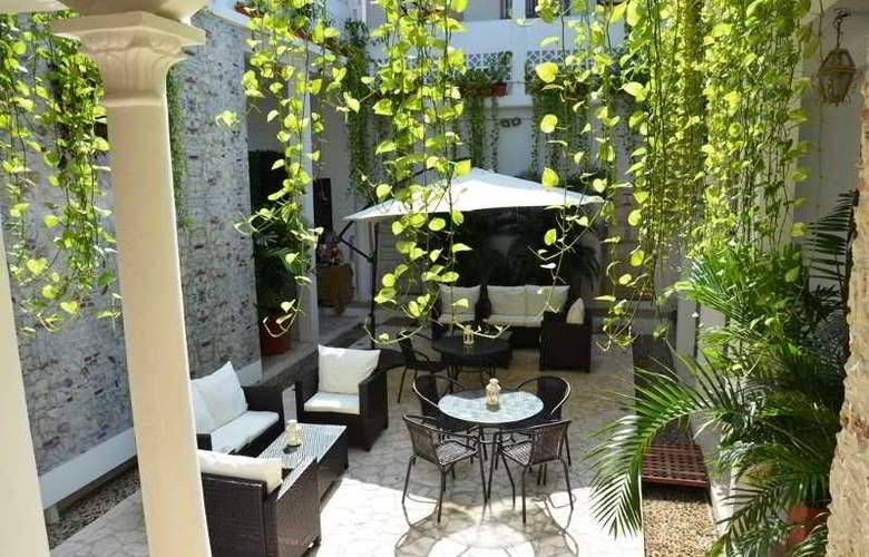 Badillo Hotel Galeria - Hotel - 5