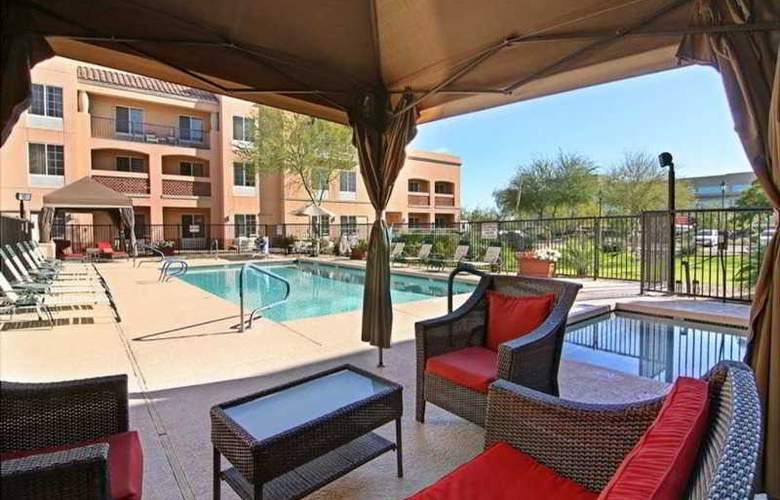 Hampton Inn & Suites Scottdale - Pool - 9