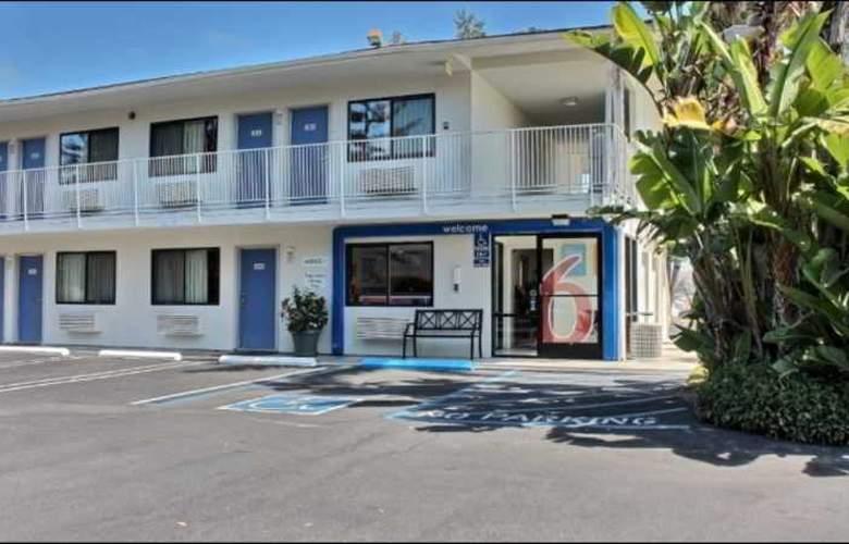 Motel 6 San Luis Obispo North - Hotel - 4