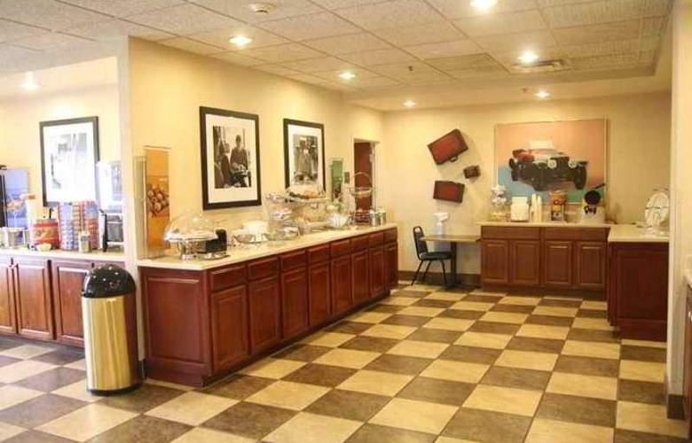 Hampton Inn Corbin - Hotel - 4