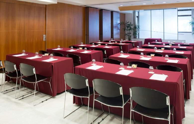 Catalonia Barcelona 505  - Conference - 11