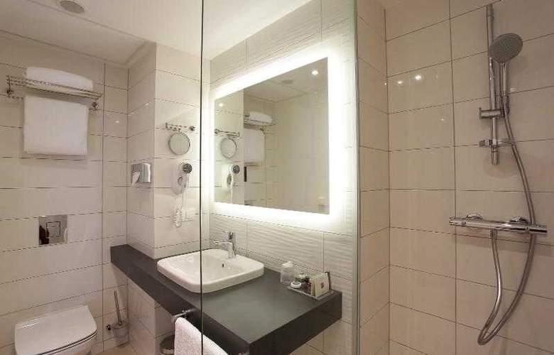 Warsaw Plaza Hotel - Room - 4