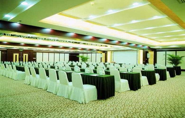 Hua Du - Conference - 6