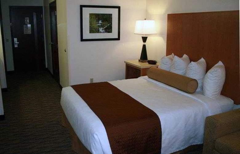 Best Western Plus Park Place Inn - Hotel - 44
