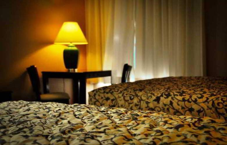 The Monarch - Room - 2