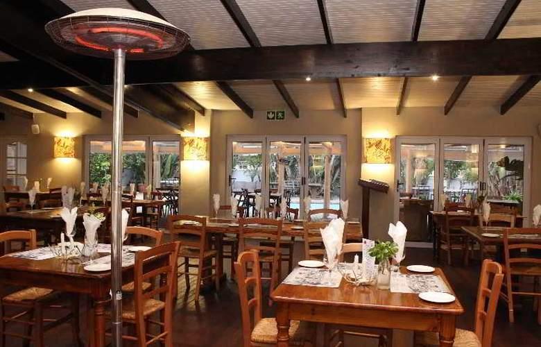 Cape St Francis Resort - Restaurant - 34