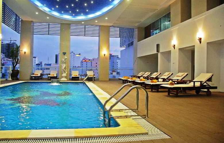 Green World Hotel Nha Trang - Pool - 3