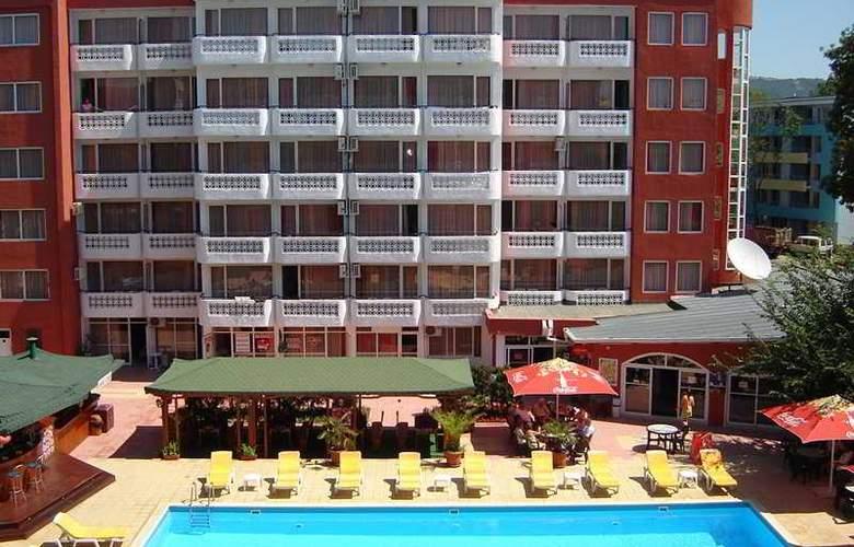 Polyusi - Hotel - 0