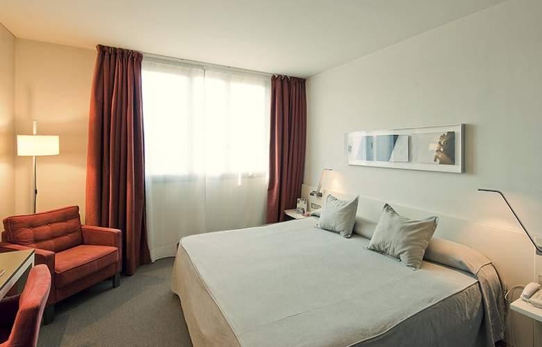 Amister Art Barcelona Sercotel - Room - 20