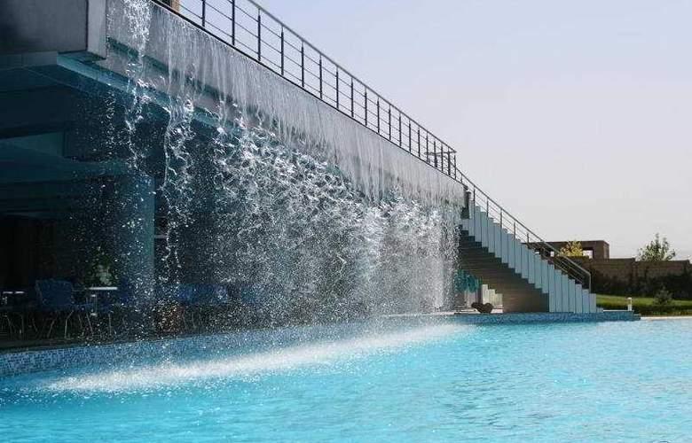 Olympia - Pool - 0