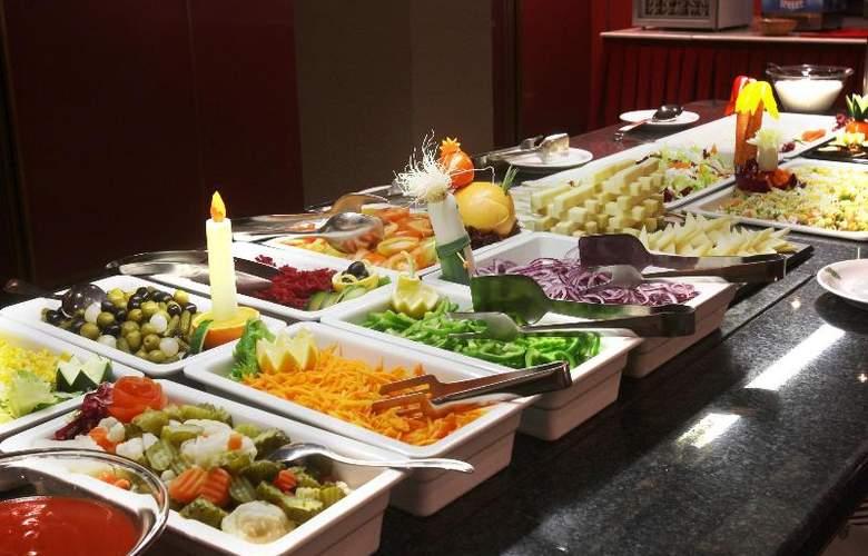 Kyriad Andorra Comtes d'Urgell - Restaurant - 21