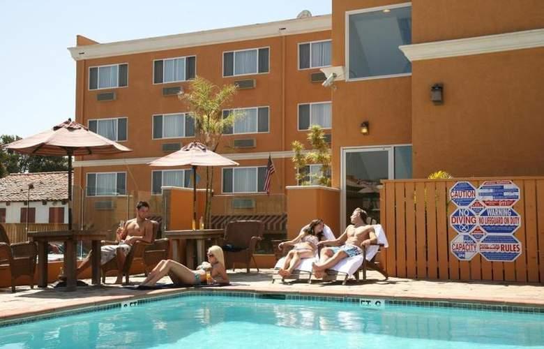 Best Western Newport Beach Inn - Pool - 44