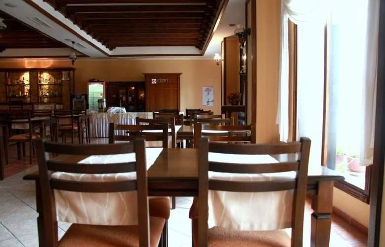 Bristol - Restaurant - 1