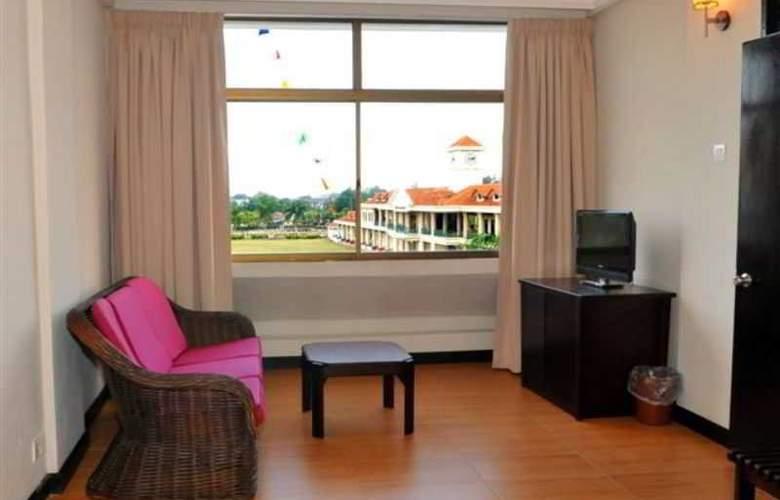 Lodge 18 Hotel - Room - 5
