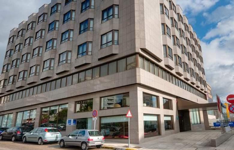 Tryp Vigo Los Galeones - Hotel - 0