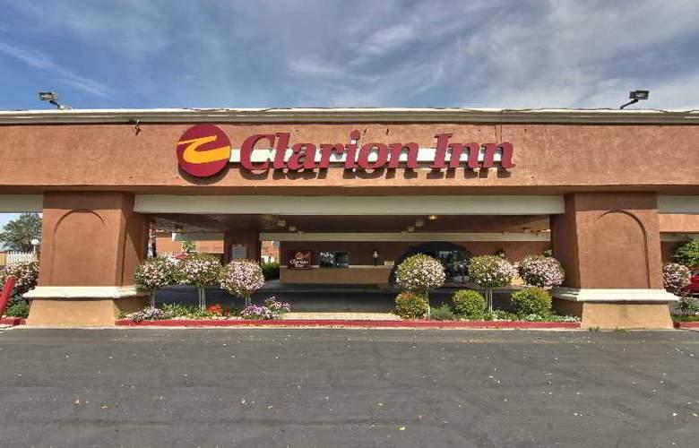 Clarion Inn Modesto - Hotel - 0