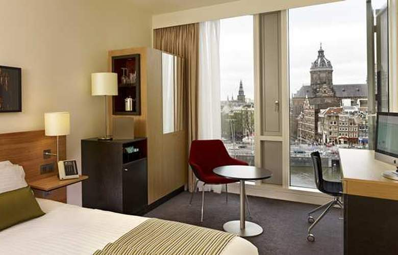 DoubleTree by Hilton Amsterdam Centraal Station - Room - 18