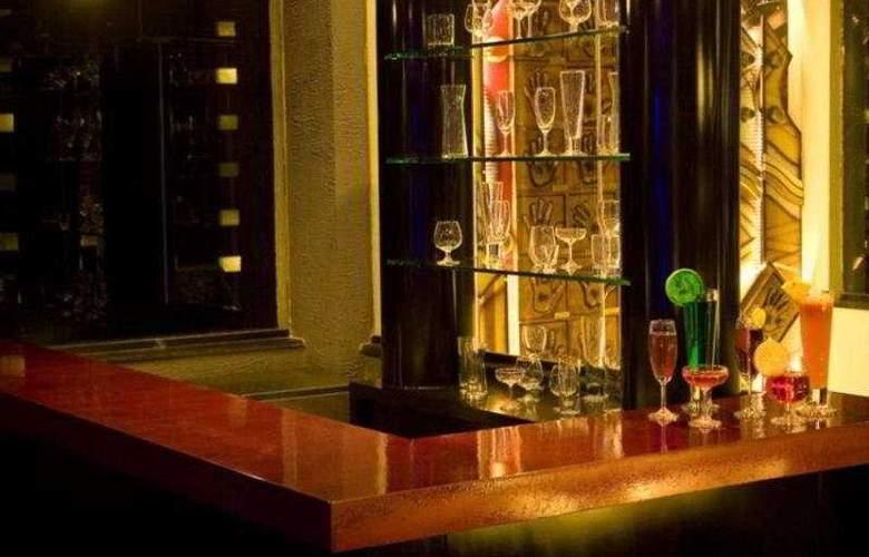 Sandesh Kingston - Bar - 5