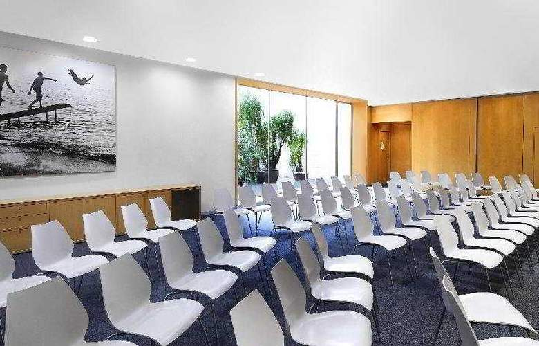Four Points by Sheraton Barcelona Diagonal - Conference - 8