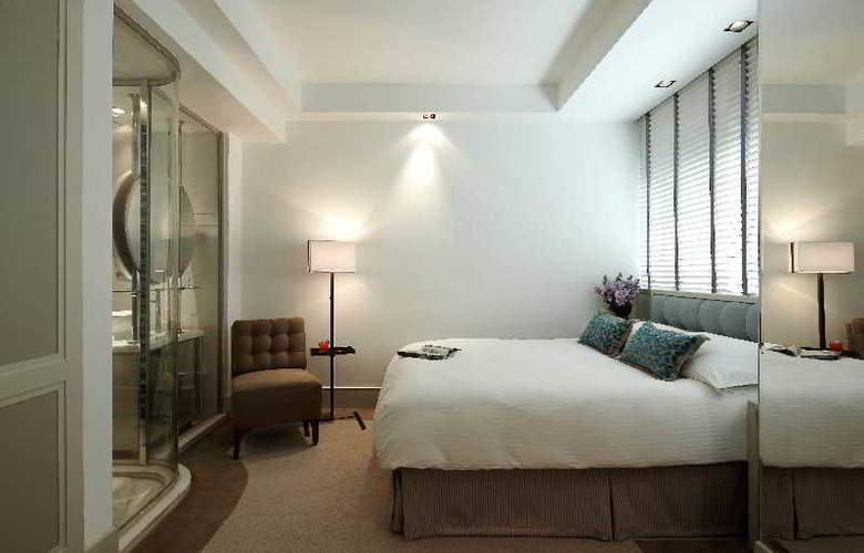 Lanson Place - Room - 12