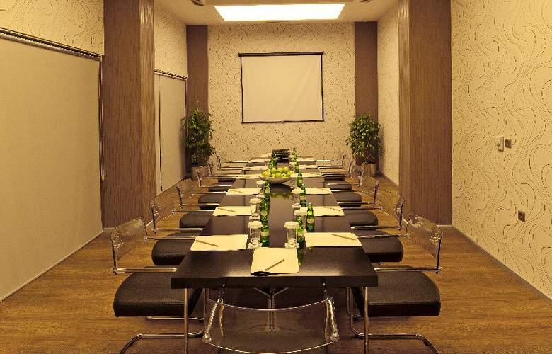 ORTY AIRPORT HOTEL - Conference - 3