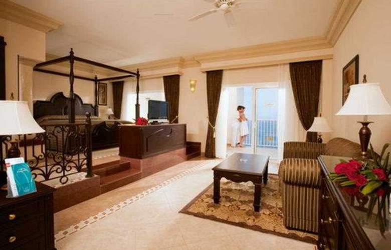 Riu Emerald Bay All Inclusive - Room - 3