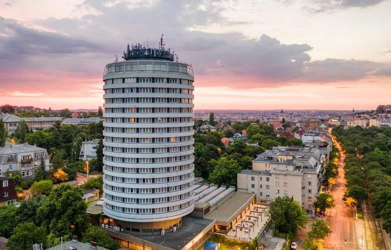 Budapest - Hotel - 0