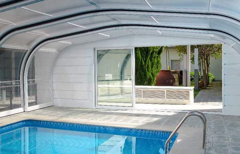 Hospederia Mirador de Llerena - Pool - 10