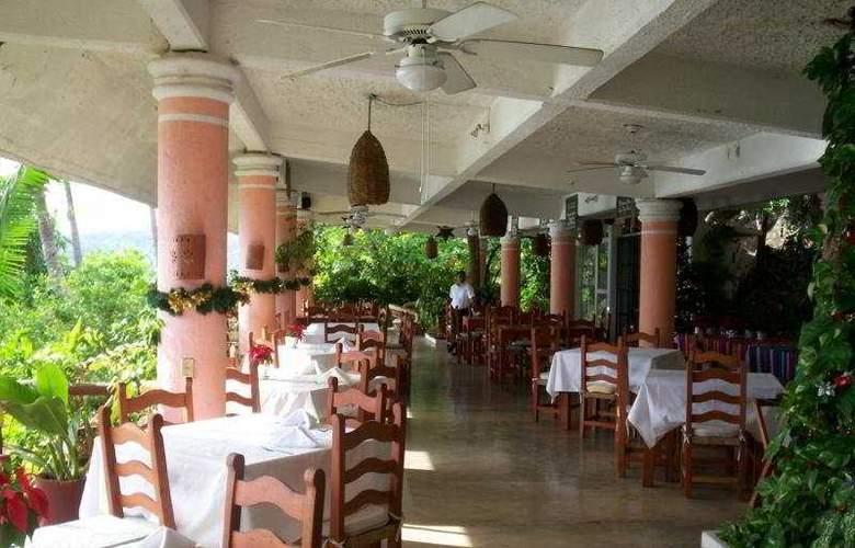 Catalina Beach Resort - Restaurant - 8