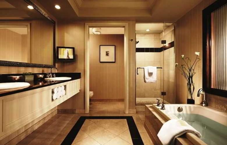 Mandalay Bay Resort Casino - Room - 3