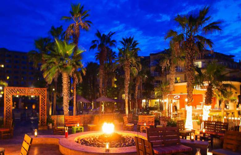 Villa del Palmar Beach Resort & Spa - Restaurant - 62