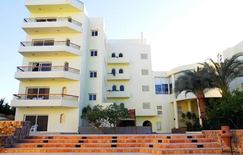 Palm Beach Resort - Hotel - 8