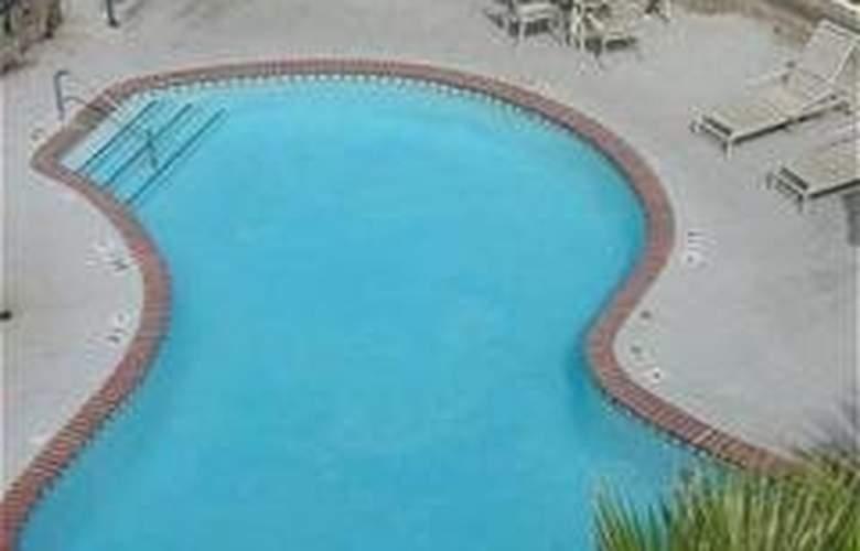 Holiday Inn Express Grover Beach - Pool - 7